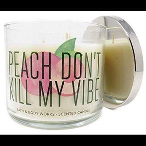 Bath & Body Works Peach Bellini 3-Wick Candle